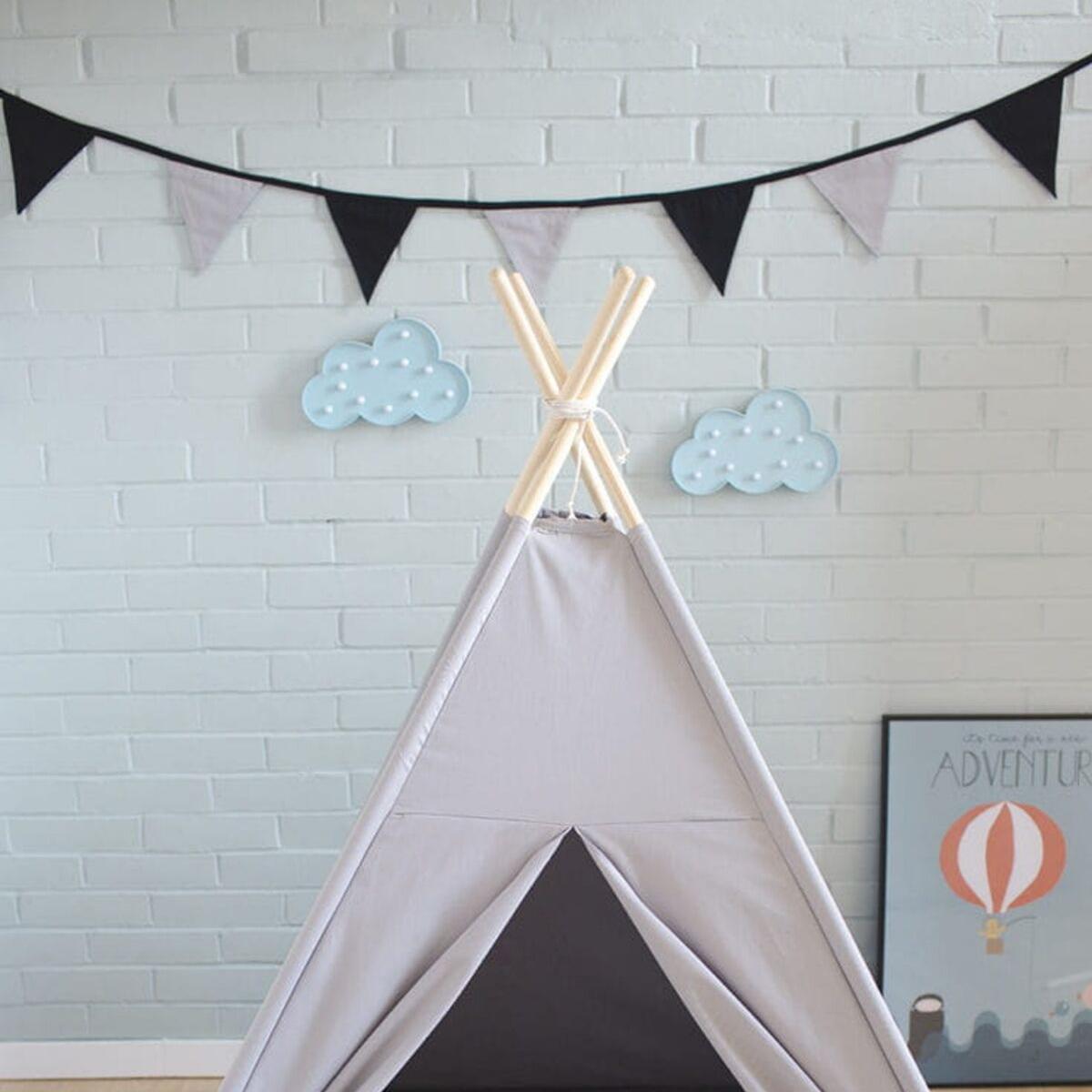 Szara Skłonność – namiot tipi   JagodowyKot